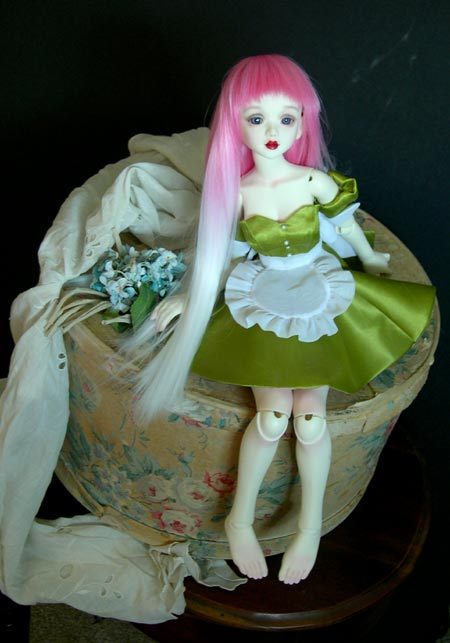 fairy_in_the_hatbox03.jpg